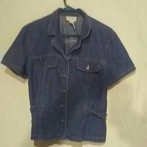Jaclyn Smith wonans denim shirt